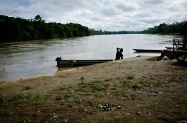 Baños en el río Santiago.